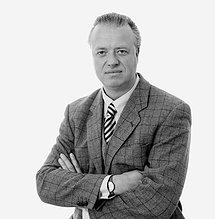 Christoph J. Ahlers